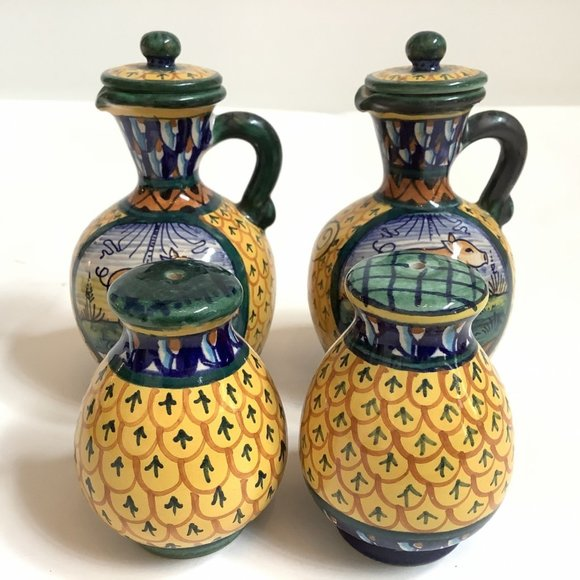 DERUTA GERIBI OIL AND VINEGAR SET WITH 2 SHAKERS